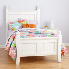 Land of Nod bed