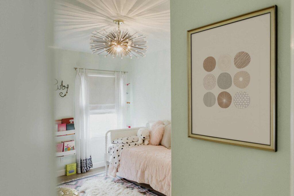feminine-style-bedroom